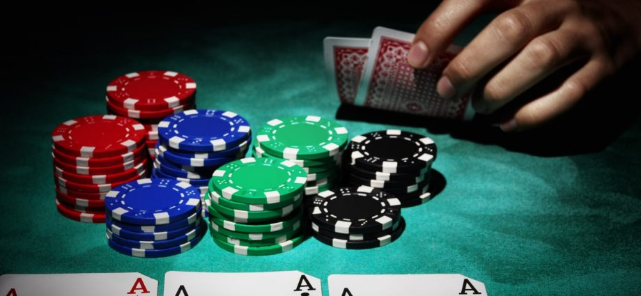 Exactly How To Deal With Online Poker Opponents Online Tells - Gambling
