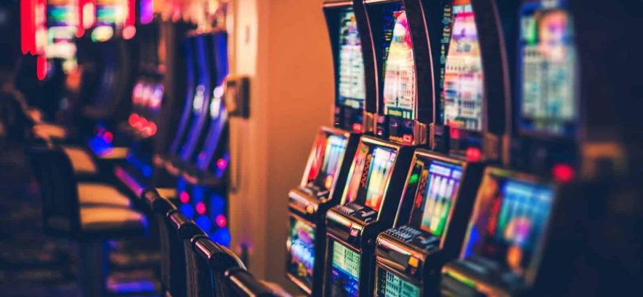 How To Conserve Cash With Gambling?